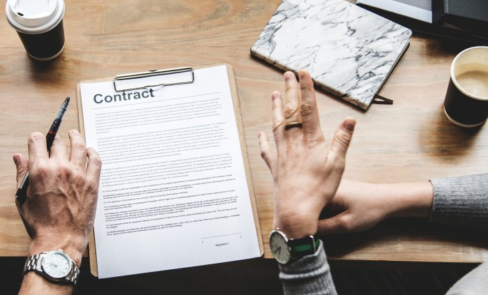 contract (2)